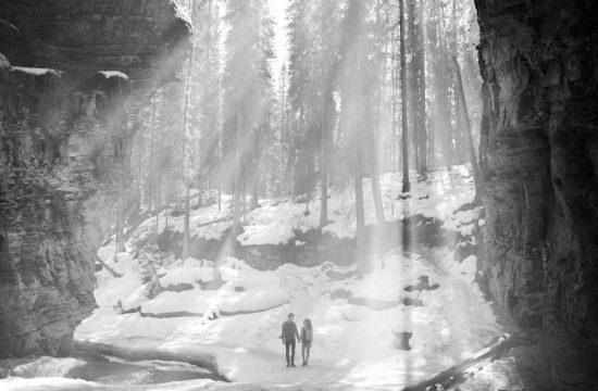 Banff engagement session canjon