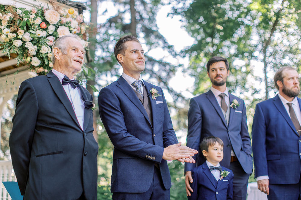 A Norland Estate Wedding Calgary wedding photographer the ceremony