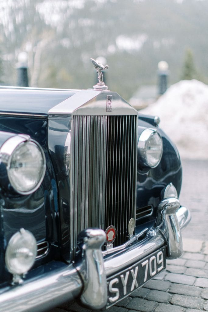 Banff wedding photography couple portrait alpine limo service